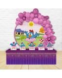 Painel para decoração de festa com o tema Dra Brinquedo